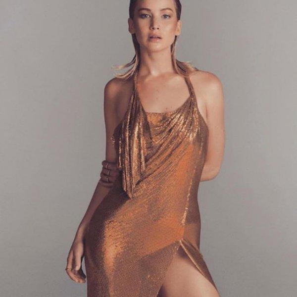 Дженнифер Лоуренс обнажилась для журнала Vogye