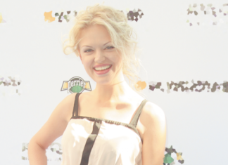 Анна Котова: «В детстве я была нытиком, все время что-то не нравилось»